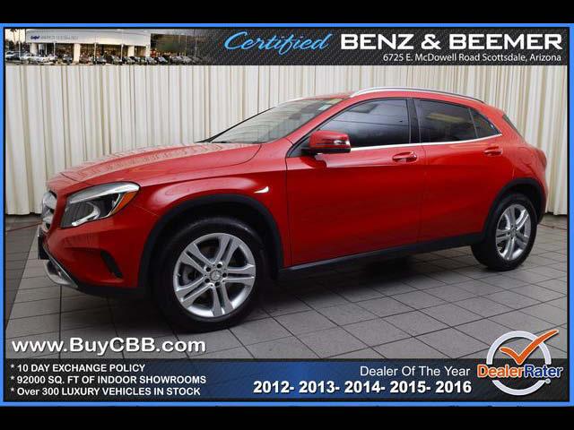 2015_Mercedes-Benz_GLA250