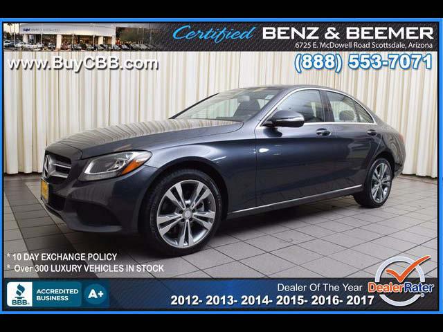 2015_Mercedes-Benz_C300