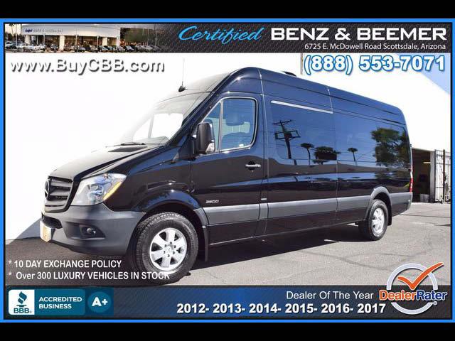 2014_Mercedes-Benz_Sprinter Van