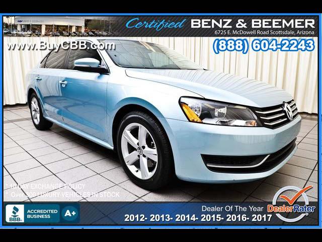 2012_Volkswagen_Passat