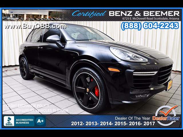2016_Porsche_Cayenne