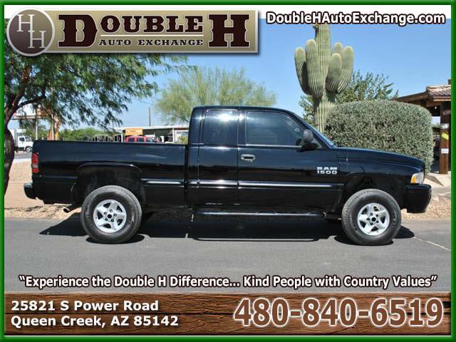 2000_Dodge_Ram Pickup 1500