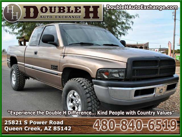 2001_Dodge_Ram Pickup 1500 4x4